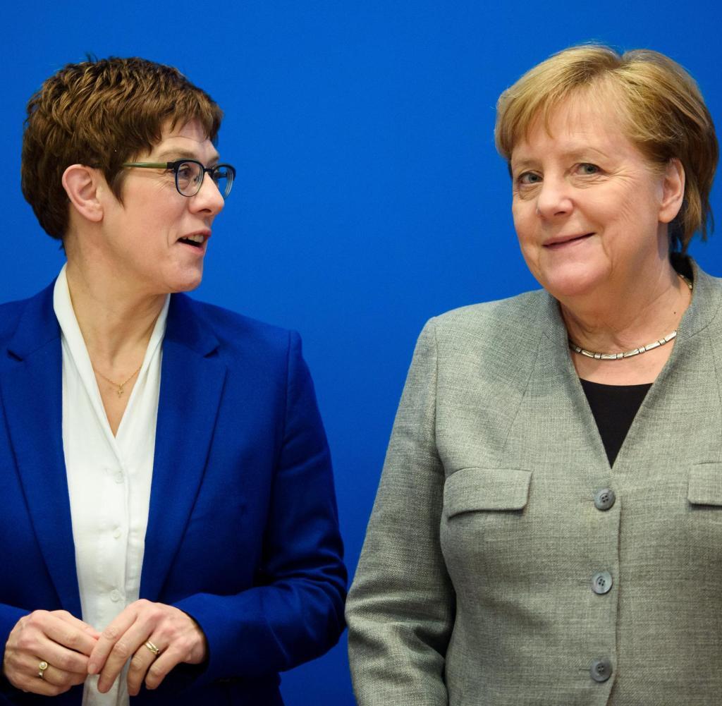 Alles geht zurück auf Merkel (rechts): Bundeskanzler hat die CDU von Kramp-Karrenbauer wieder stark unter Kontrolle