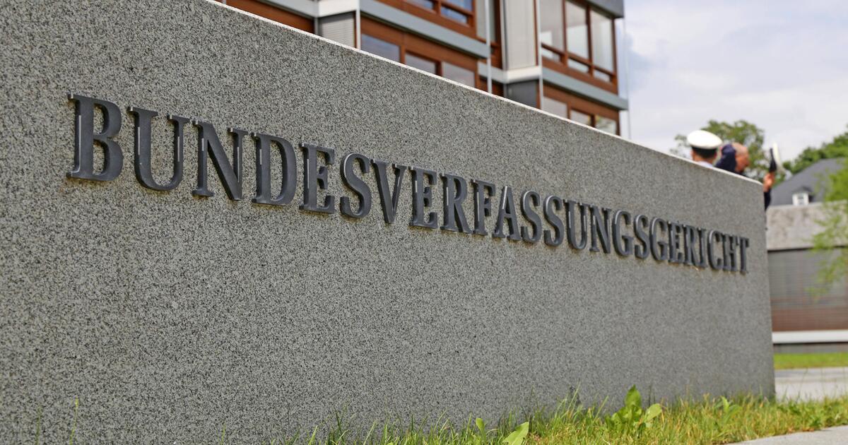 Photo of Karlsruhe: Der staatliche Zugang zu Mobil- und Internetdaten sollte eingeschränkt werden