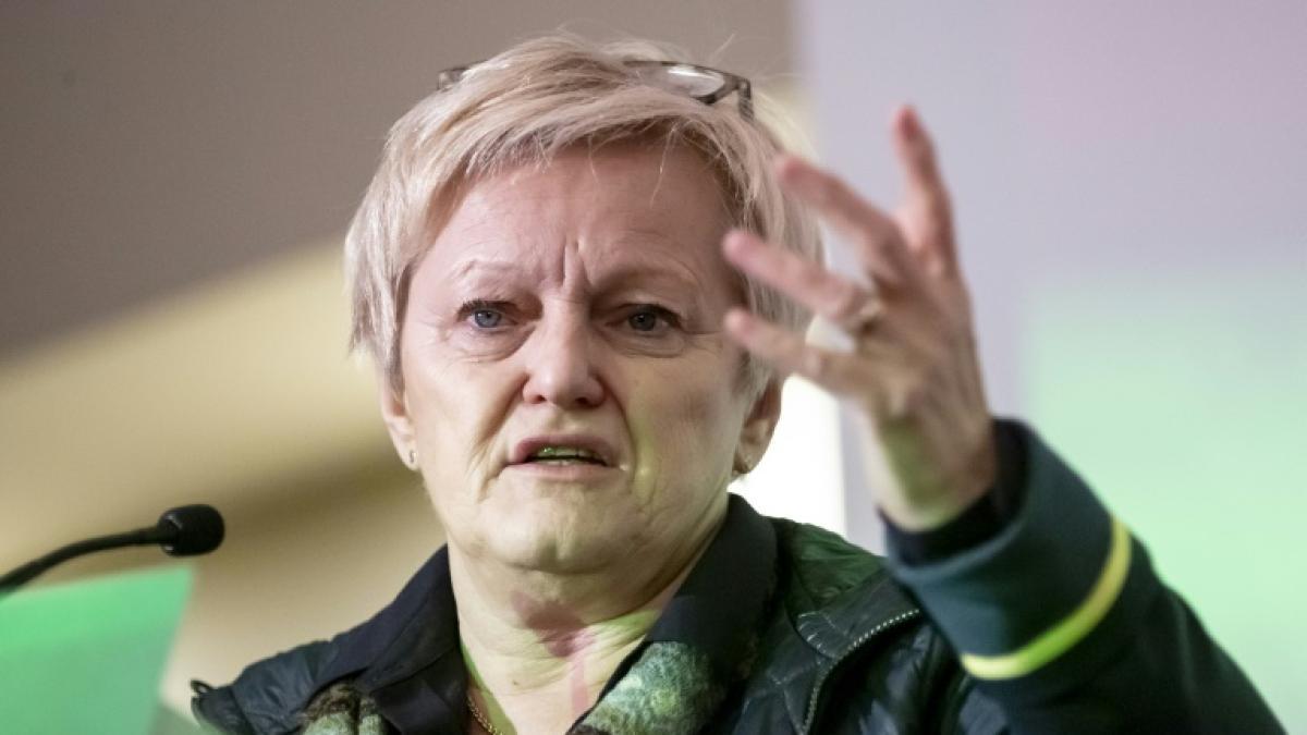 Renate Künast sieht in Drohmails eine große Bedrohung für das ganze Land
