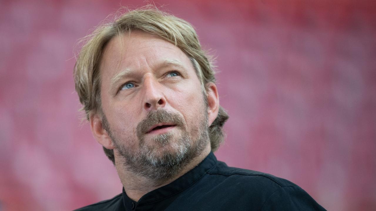 Photo of Poker Star – Wie Sven Mislintat für neue Spieler spielt – 2. Bundesliga