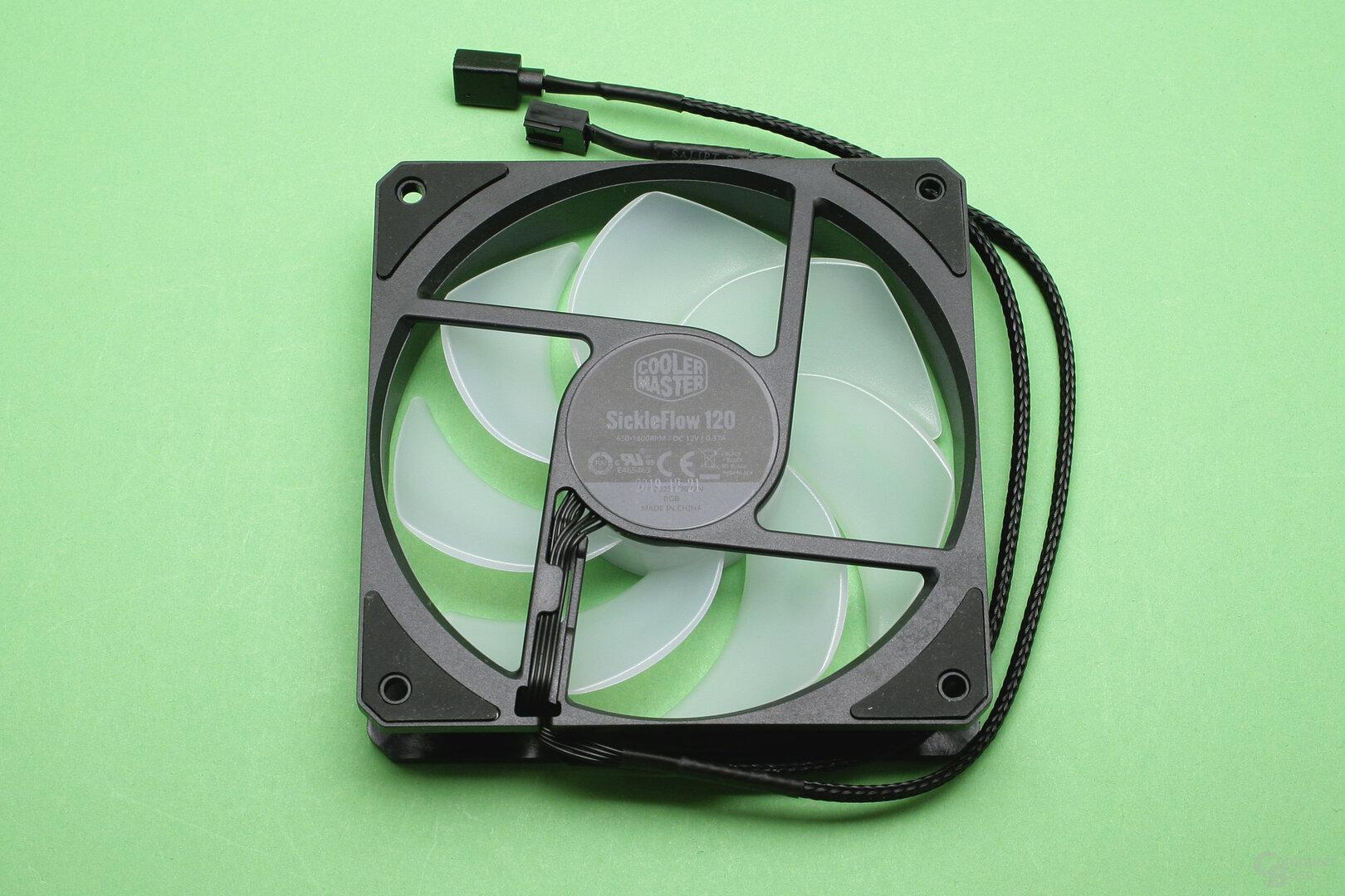 Kühlmaster MasterLiquid ML240L V2 RGB: Verbesserter Lüfter der 120-mm-Serie
