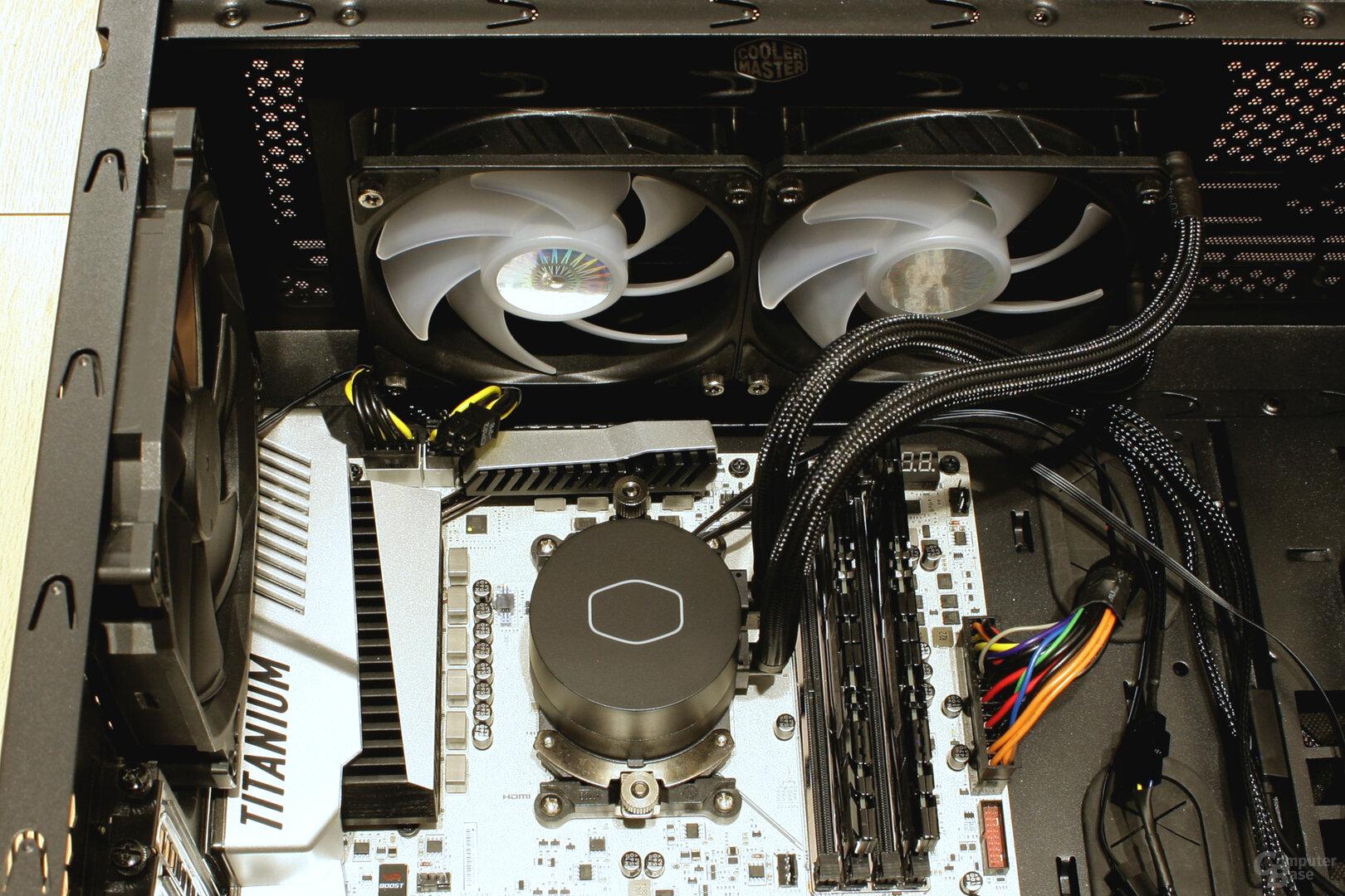 Kühlungsmaster MasterLiquid ML240L V2 RGB im Testsystem