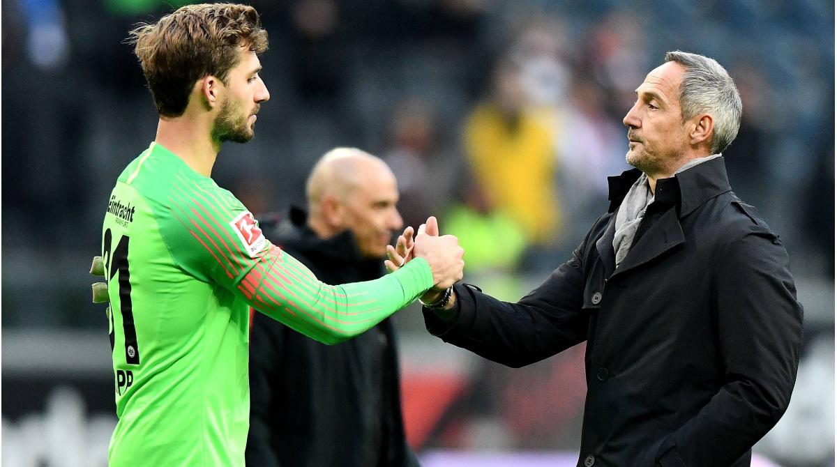 """Eintracht Frankfurt: Hütter setzt auf Trapp - """"Er geht aber nicht zu Hertha BSC"""""""