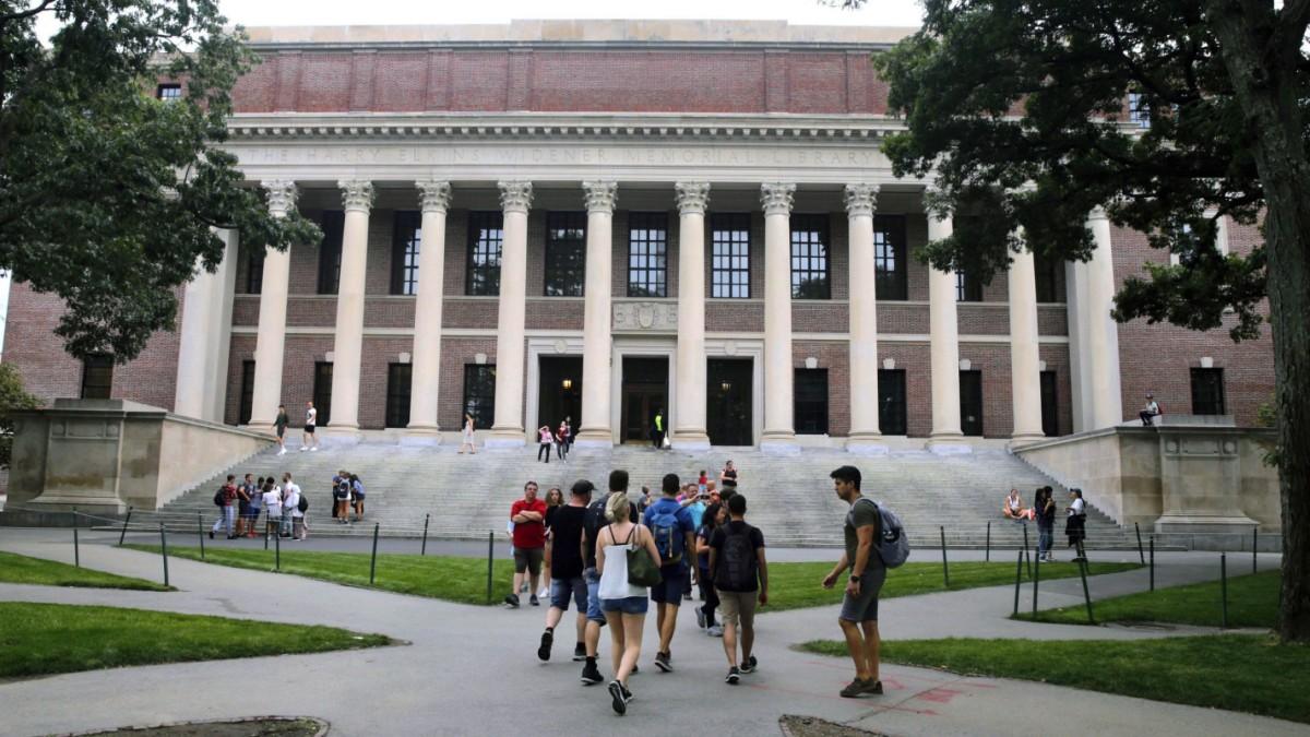 Corona weltweit: Harvard verteidigt sich gegen visumpolitische Pläne