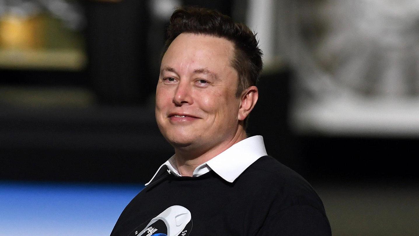 """Photo of Elon Musk twittert auf Deutsch – """"sein Baby kann noch keinen Löffel benutzen"""""""
