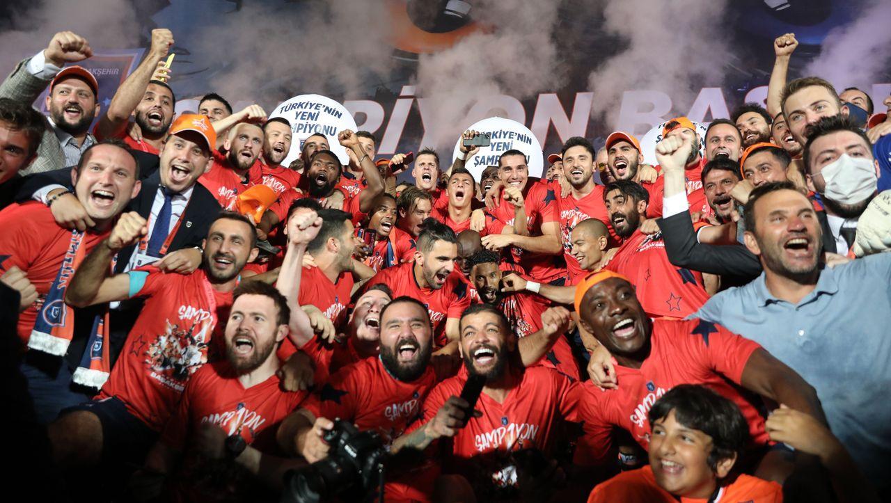 Photo of Fußball in der Türkei: Basaksehir Istanbul ist zum ersten Mal Meister