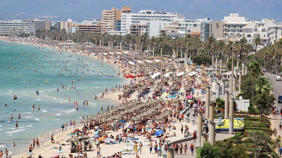 Photo of Mallorca / Coronavirus: Ballermann-Schließung schockiert Urlauber – Familie mit Flugzeug infiziert nach Deutschland