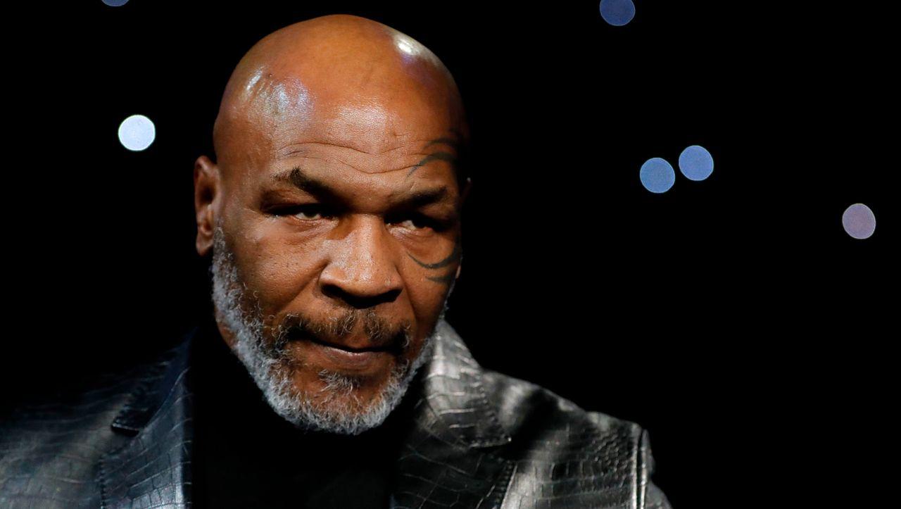 Mike Tyson kehrt mit 54 Jahren in den Ring zurück, um in der Show zu kämpfen