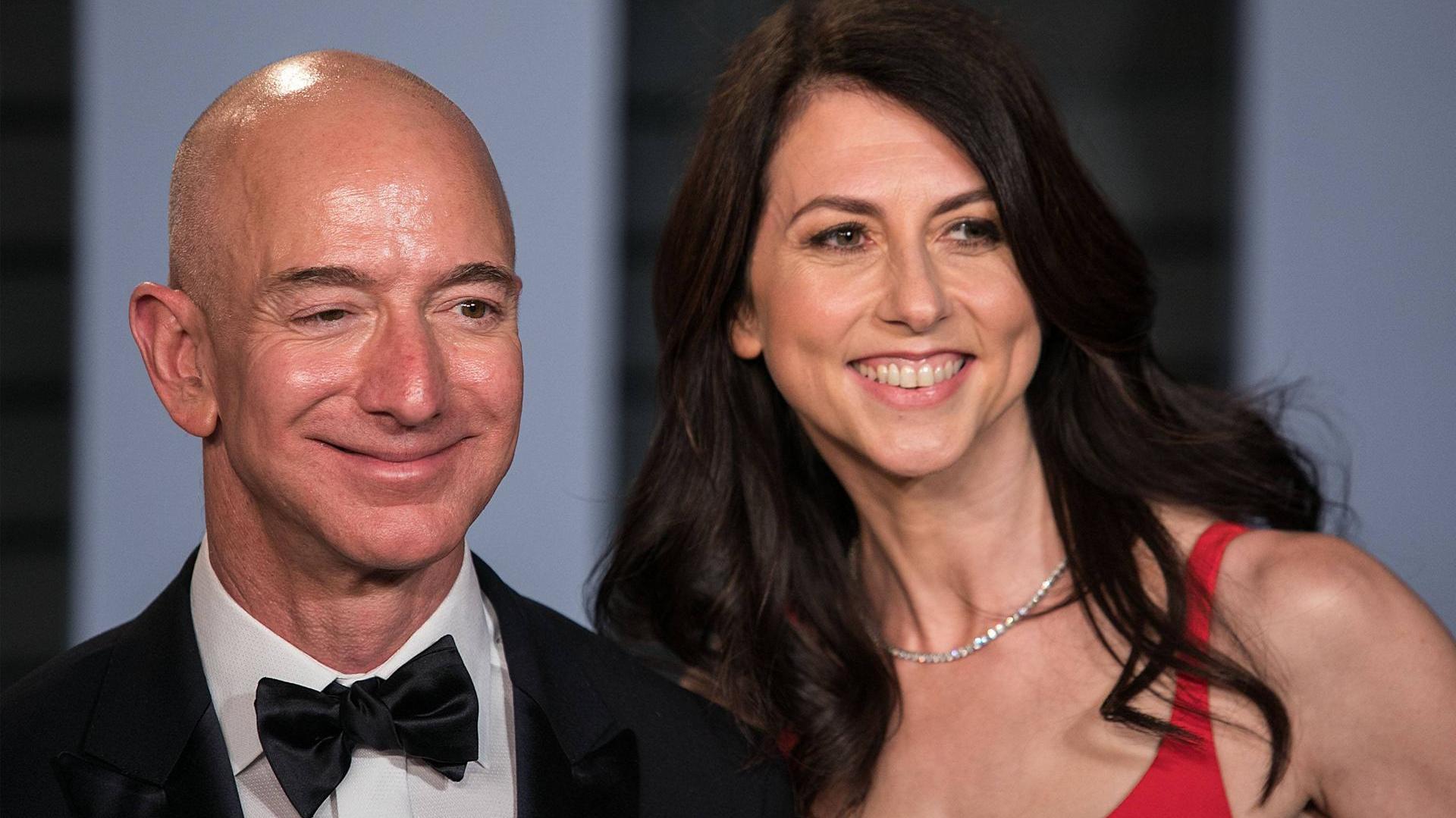 Nach der Scheidung von Jeff Bezos: MacKenzie Scott spendet Milliarden