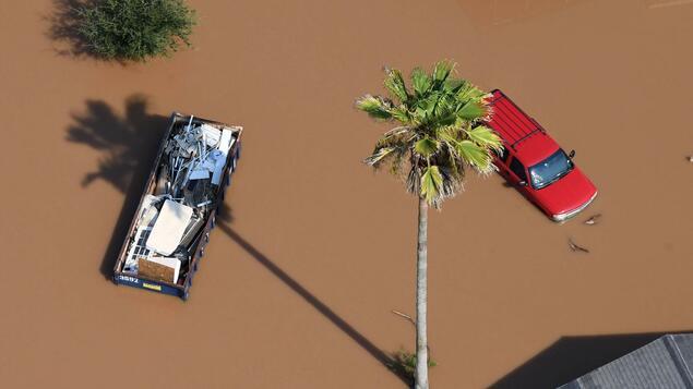 "Sturmflutwarnung: Hurrikan ""Hanna"" fährt nach Texas - Panorama - Society"