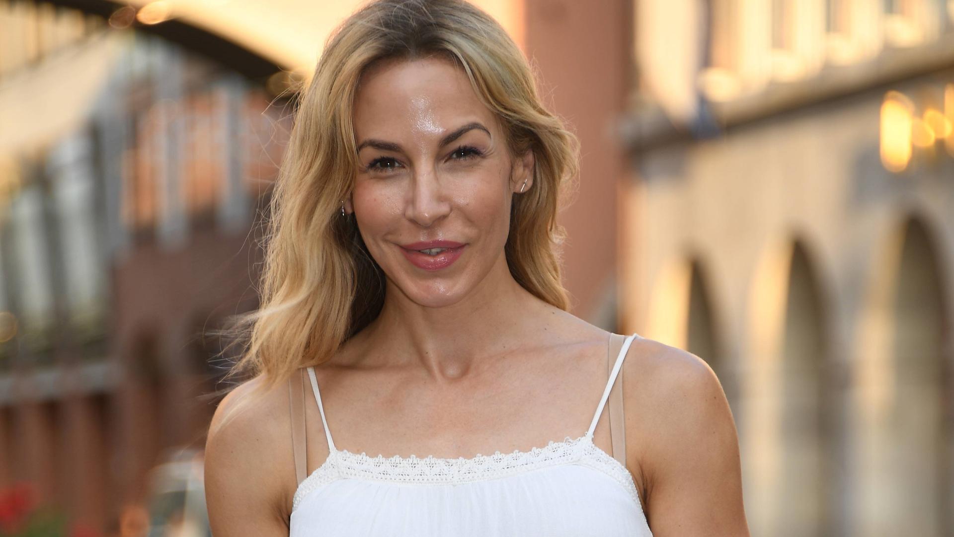 """Photo of """"Tatort"""" -Schauspielerin Michelle Monballijn liebt jetzt """"Bachelorette"""" -Kandidaten"""