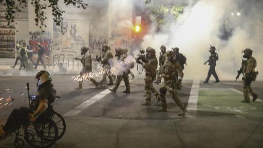 Photo of Zusammenstöße in Portland: Widerstand gegen den Einsatz der Bundespolizei
