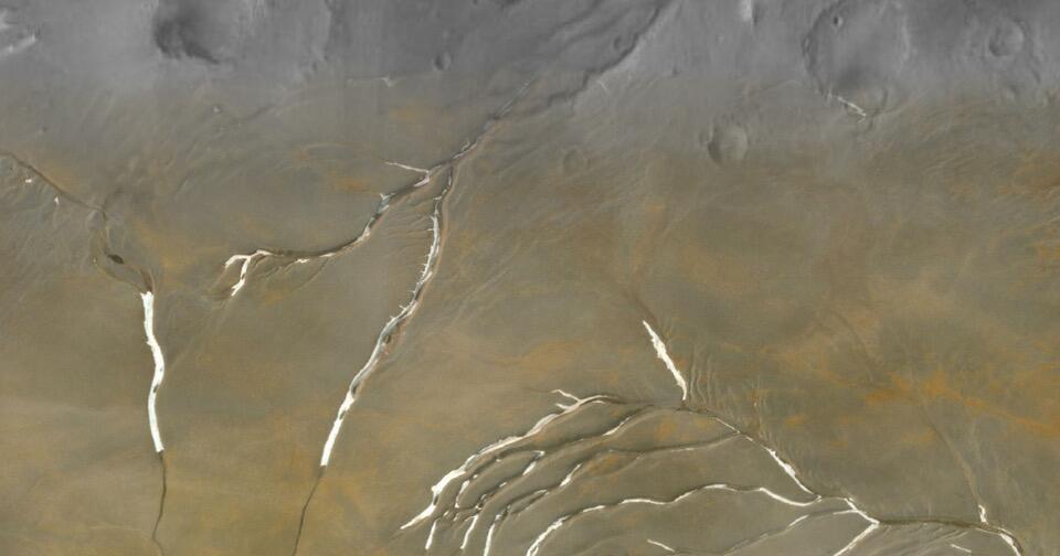 Photo of Mars: Gletscher statt Flüsse bildeten Täler – was bedeutet das für das Leben?