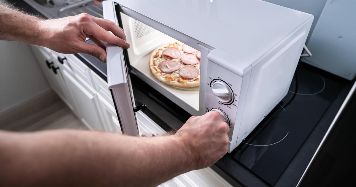 Photo of Warum erwärmt sich in der Mikrowelle nichts wirklich?  Forscher finden die Antwort