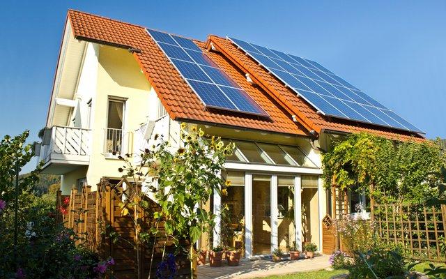 Sonnensystem für Ihr Zuhause: Strom unabhängig erzeugen.
