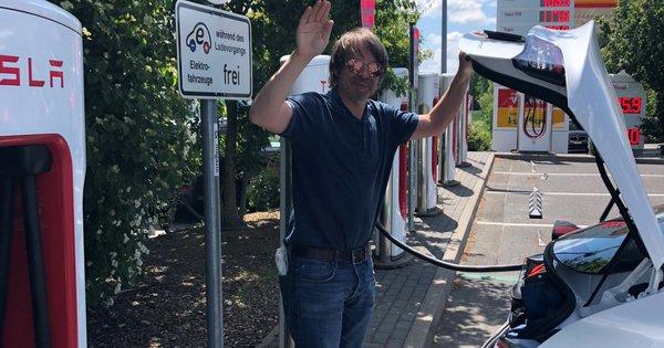 Photo of Mit dem Elektroauto von München nach Hamburg: Warum macht es mit Tesla einfach Spaß?