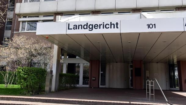 Vor dem Landgericht in Köln: Der Prozess beginnt am Montag.  (Quelle: imago images / Horst Galuschka)