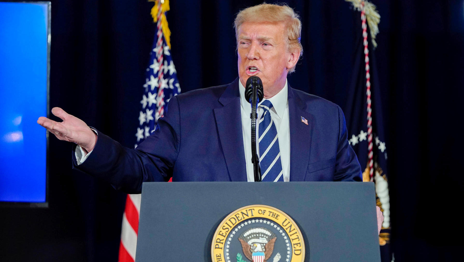 Coronavirus - USA: Donald Trump schützt Maskenverweigerer