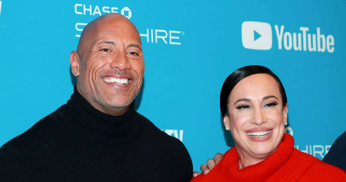 "Photo of Dwayne ""The Rock"" Johnson kauft XFL vom WWE-Chef"