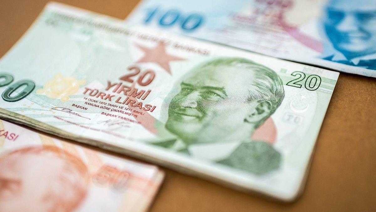 Erdogan hat ein Problem: Die türkische Lira fällt frei