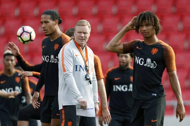 Nathan Aké (rechts) und Virgil van Dijk treffen sich regelmäßig in der niederländischen Nationalmannschaft