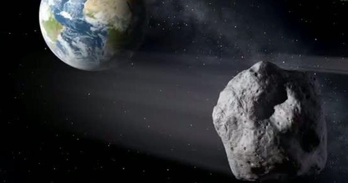 """Photo of Näher am Mond: Der Asteroid """"2011 ES4"""" fliegt nahe an der Erde"""