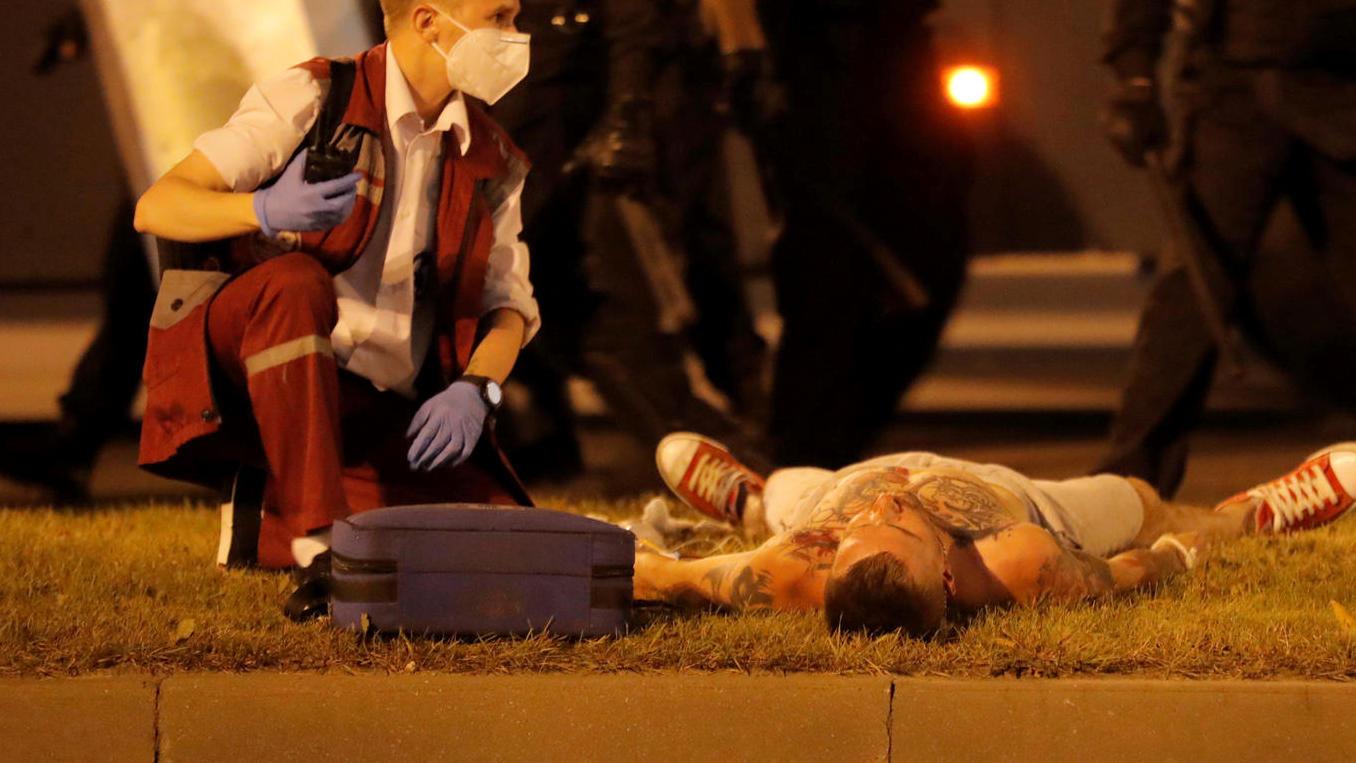 Photo of Wieder Gewalt gegen Demonstranten – einer tot